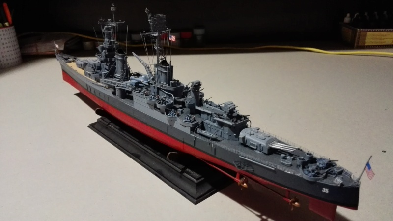 Heavy Cruiser USS Indianapolis CA-35 1/350 Académie ref. 14107  Img_2016