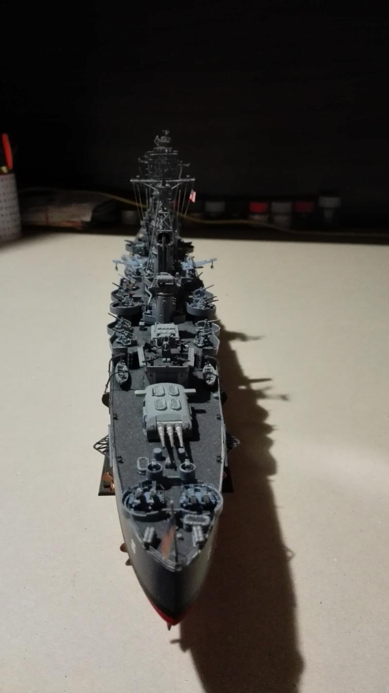 Heavy Cruiser USS Indianapolis CA-35 1/350 Académie ref. 14107  Img_2017