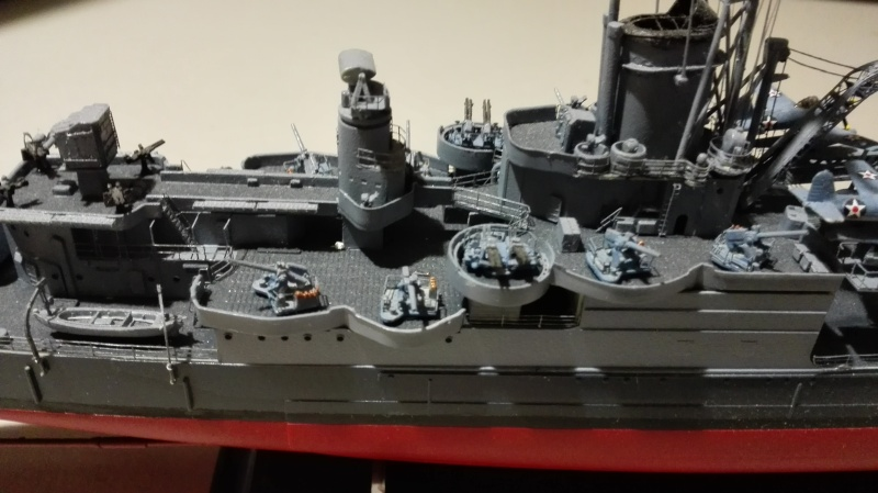 Heavy Cruiser USS Indianapolis CA-35 1/350 Académie ref. 14107  Img_2021