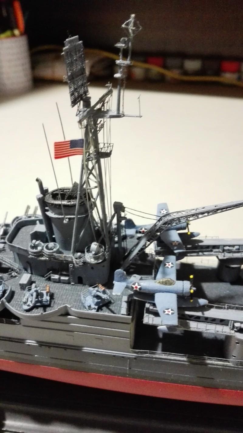 Heavy Cruiser USS Indianapolis CA-35 1/350 Académie ref. 14107  Img_2022