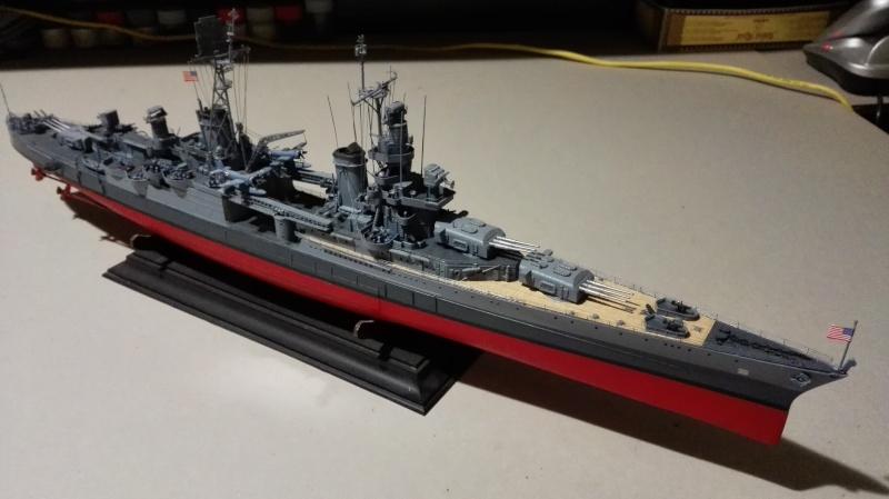 Heavy Cruiser USS Indianapolis CA-35 1/350 Académie ref. 14107  Img_2027