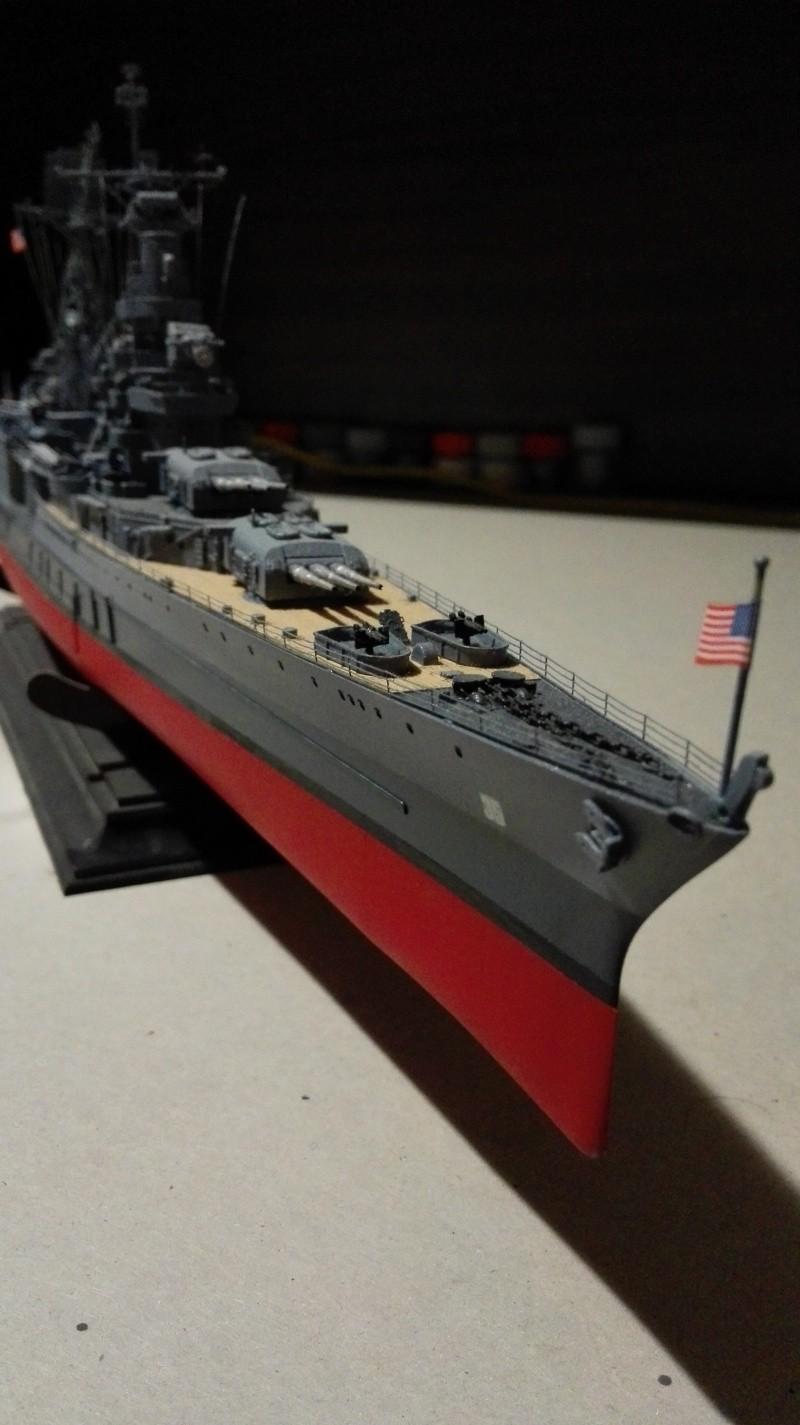 Heavy Cruiser USS Indianapolis CA-35 1/350 Académie ref. 14107  Img_2028