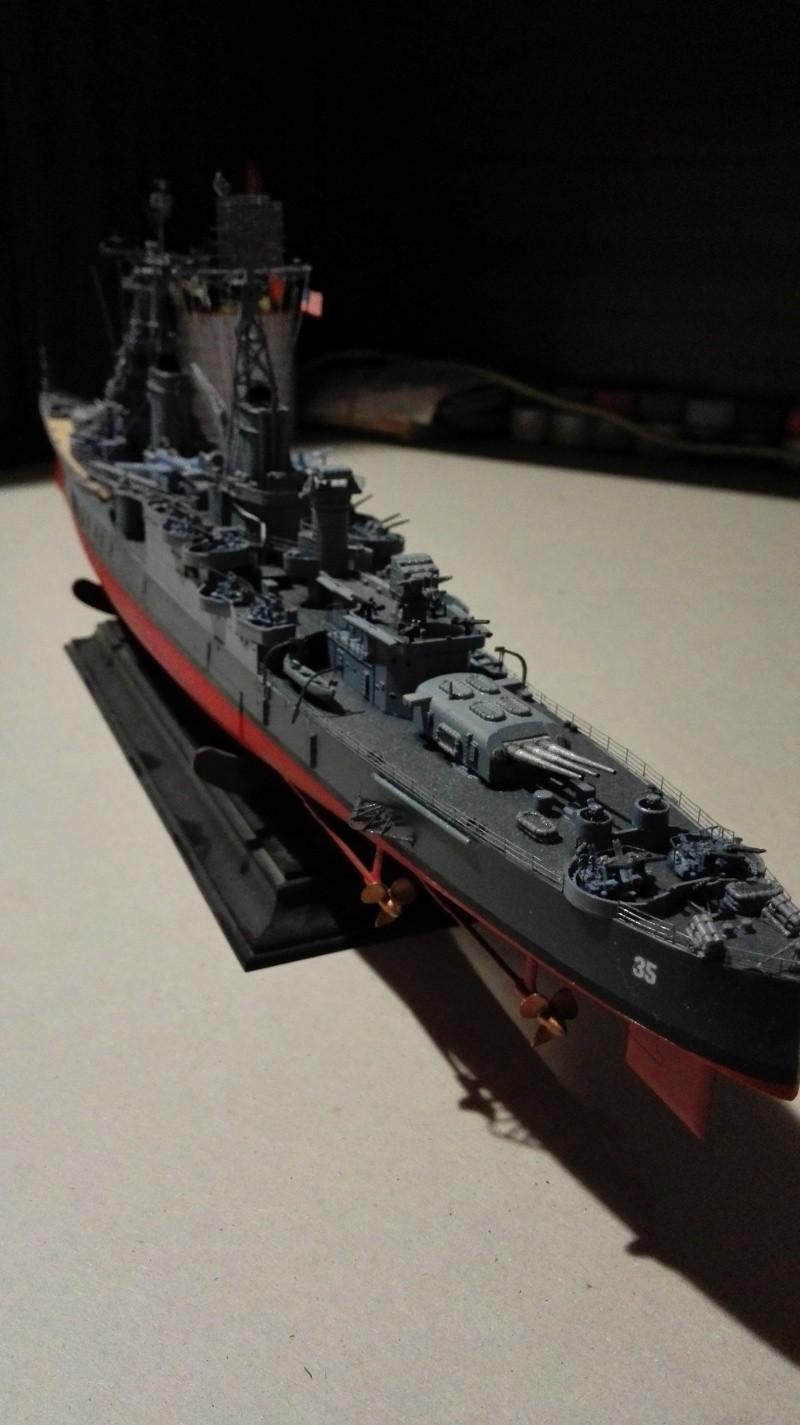 Heavy Cruiser USS Indianapolis CA-35 1/350 Académie ref. 14107  Img_2036