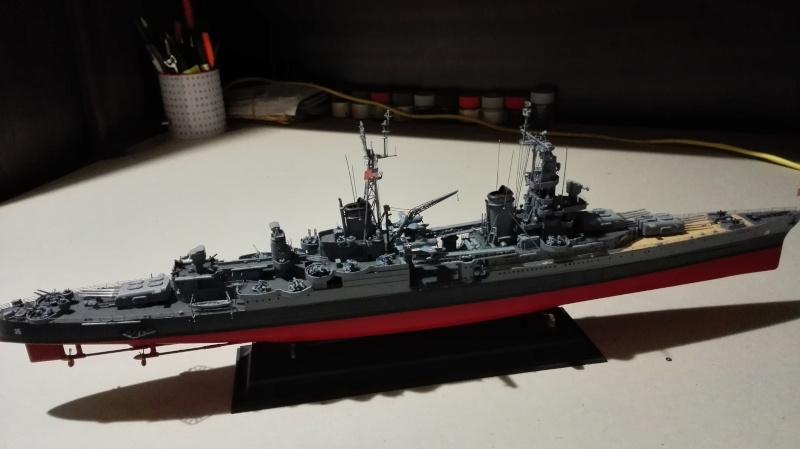 Heavy Cruiser USS Indianapolis CA-35 1/350 Académie ref. 14107  Img_2046