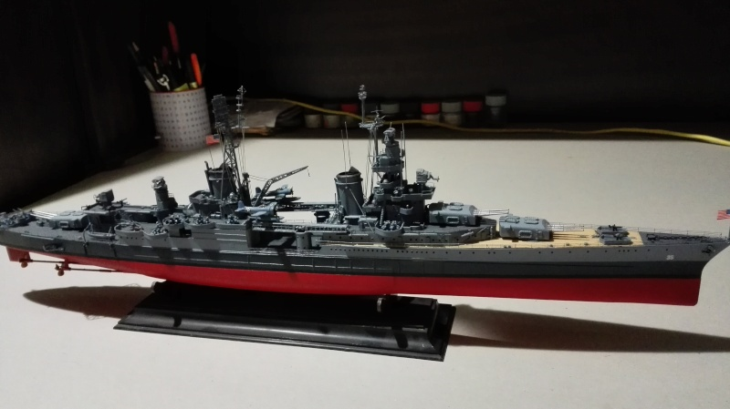 Heavy Cruiser USS Indianapolis CA-35 1/350 Académie ref. 14107  Img_2047