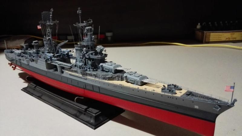 Heavy Cruiser USS Indianapolis CA-35 1/350 Académie ref. 14107  Img_2049