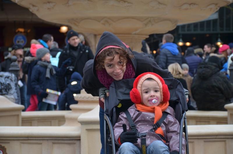 Disneyland entre filles (mère, filles et petite-fille)  Dsc_0112
