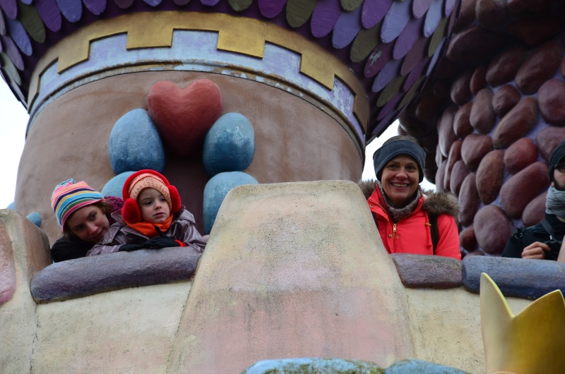 Disneyland entre filles (mère, filles et petite-fille)  Dsc_0122