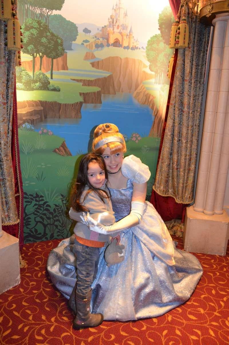 Disneyland entre filles (mère, filles et petite-fille)  Dsc_0210