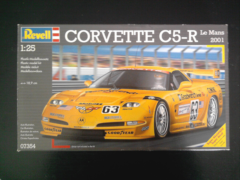 Revell Corvette C5-R Le Mans 2001 1:25 01_20