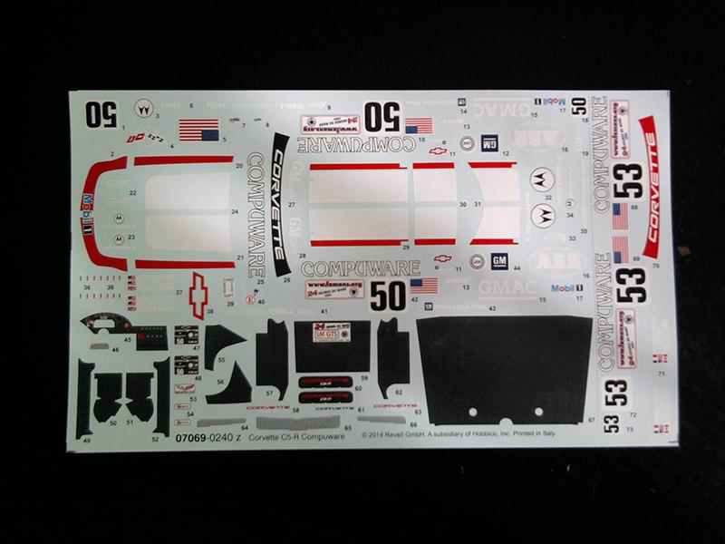 Revell Corvette C5-R Compuware 1:25 04_17
