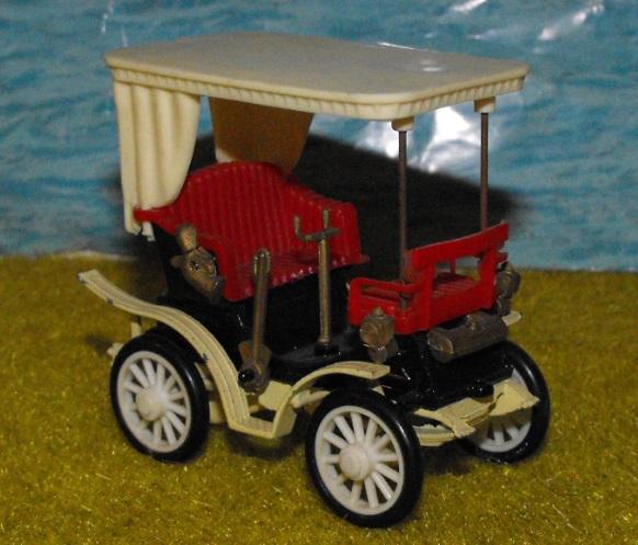 Vis à vis Peugeot type 9 1895 Dscf7057