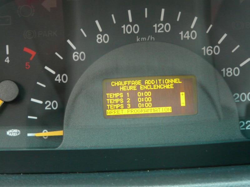 Photo de l'acces au réglage chauffage additionnel Viano Fun P1050817