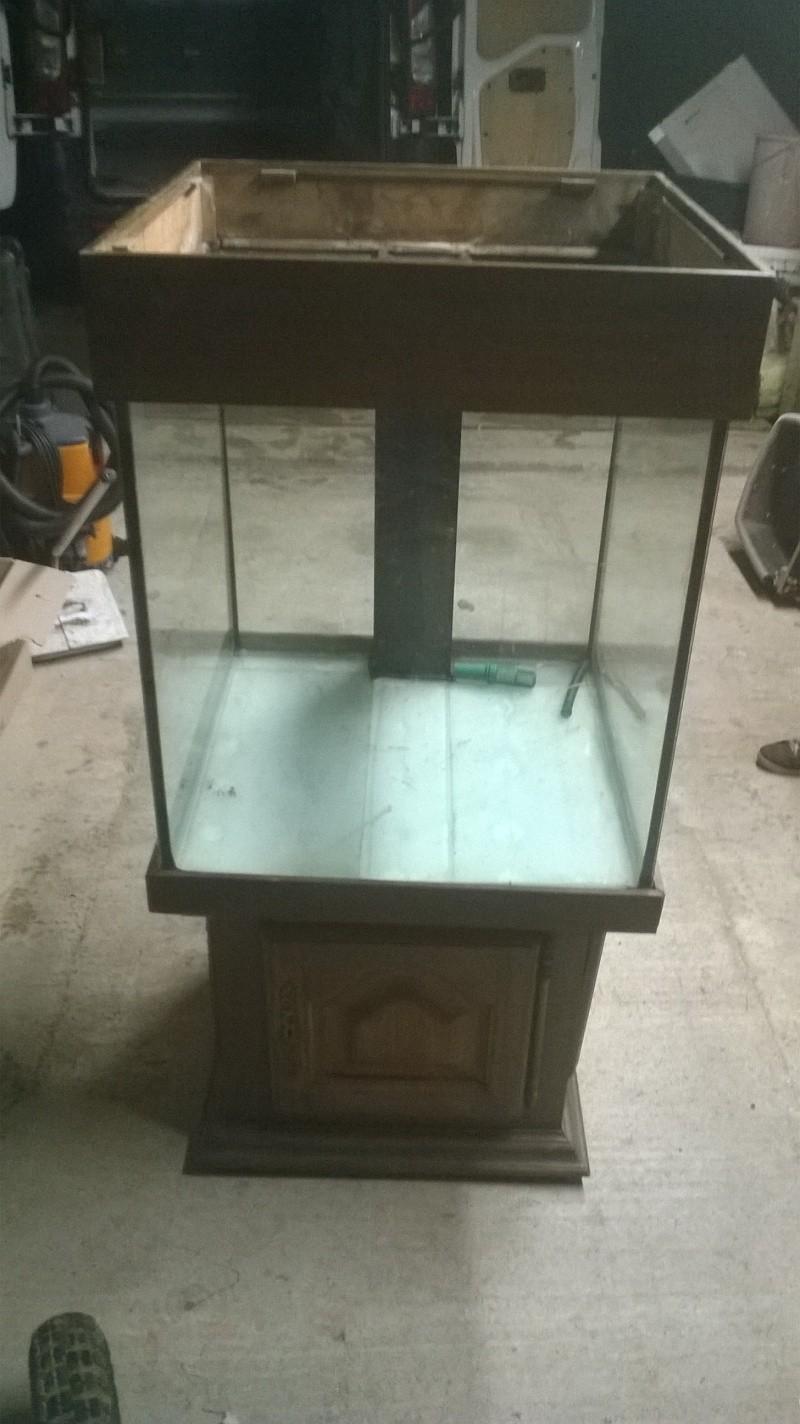 Lancement de mon aquarium cubique de 210L  Meuble12