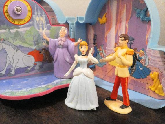 [VENDO] Cenerentola Once Upon a Time C`era una volta Playset Mattel 1992 molto raro Vintage Il_57013