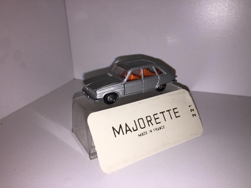 N°221 Renault 16 Img_1519