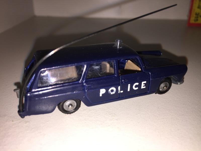 N°216 PEUGEOT 404 POLICE Img_2014
