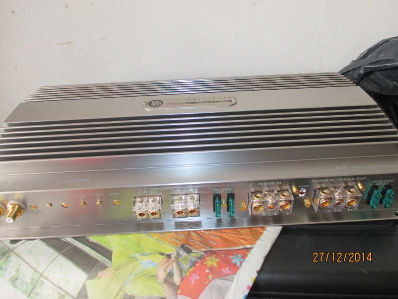 High End 2 Channel Amplifier for sale  Img_2011