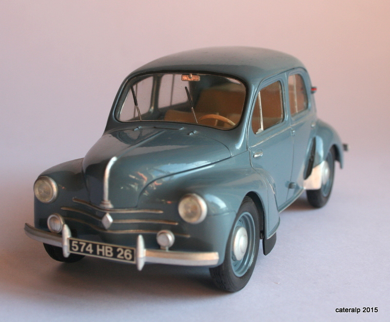 Renault 4CV  Maquet69