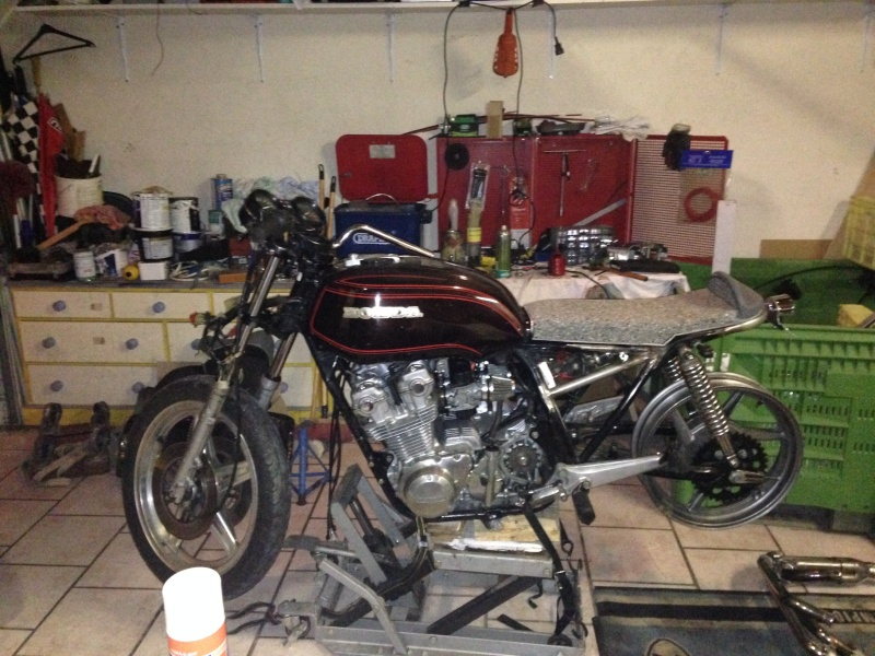CB 750 1979, objectif Cafe Racer - Page 3 Img_9611
