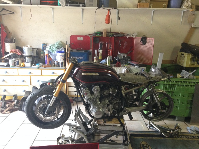 CB 750 1979, objectif Cafe Racer - Page 3 Img_9612