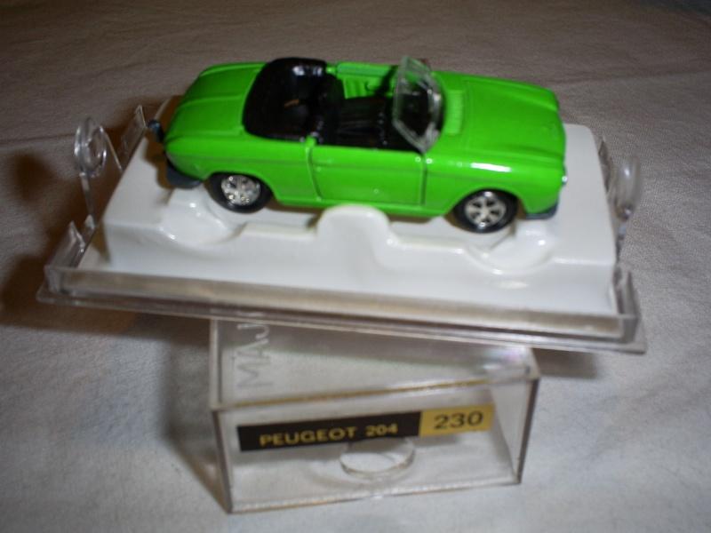 N°230 Peugeot 204 cabriolet S5033261