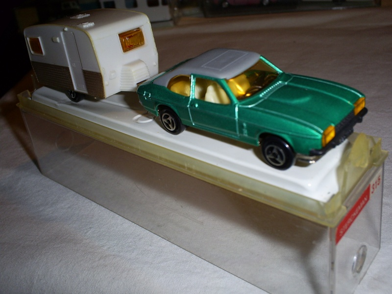 N°251 FORD CAPRI  S5033401