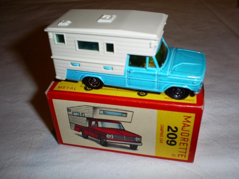 N°209 DODGE CAMPING CAR S5033420