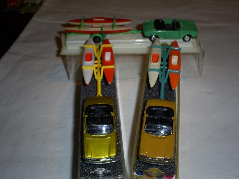 N°331 Peugeot 204 + Canoes S5033454