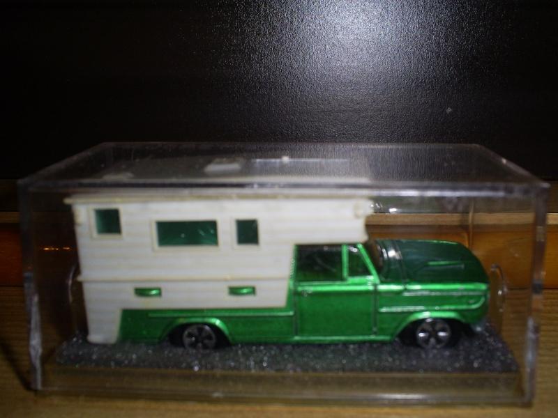 N°209 DODGE CAMPING CAR S5033505