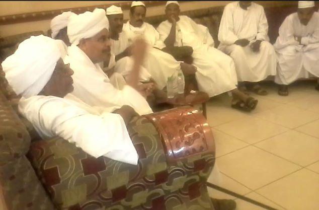 إستقبال السيد الناظر بالسفارة السودانية بجدة 00nazi37