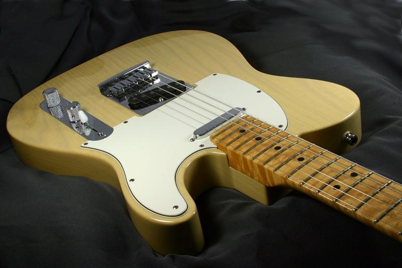 Les photos de vos guitares & Co... - Page 5 Telecs10
