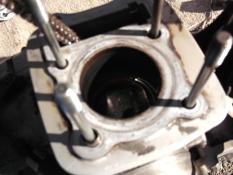 Restauration moteur Suzuki 125 GN Dscf1010