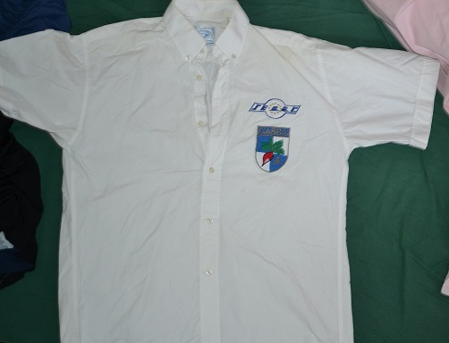 vends ancienne chemisette cabbg 112