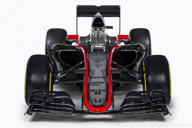 Présentation des F1 2015  009_me10