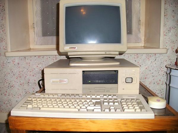 [Vendu] Lot ordinateur ancien collection orchid atari. .. Faire offre. 31135-10