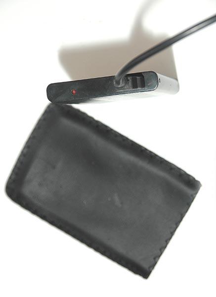 [VENDU]  Mini disque dur externe USB2, 40€ 410