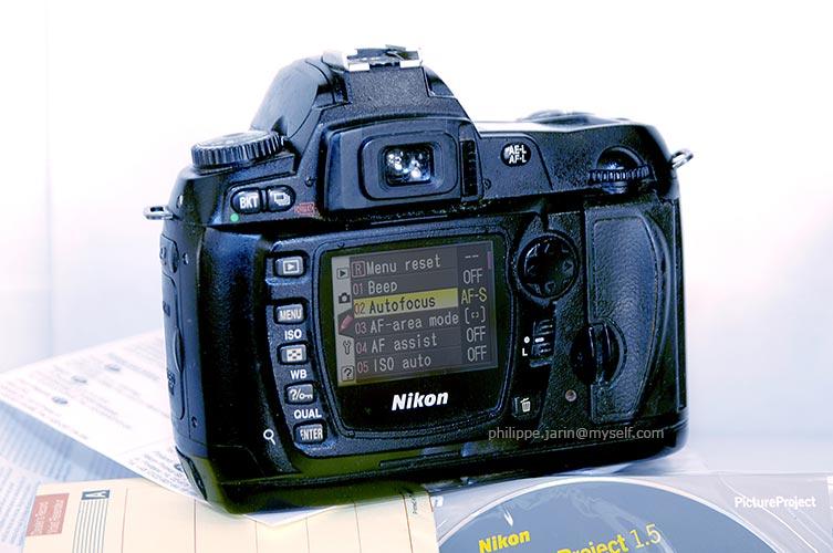 [VENDU] Nikon reflexe D70s (en panne) 50€ Nikond11