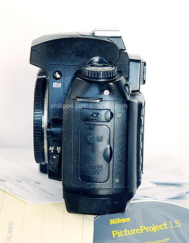 [VENDU] Nikon reflexe D70s (en panne) 50€ Nikond13