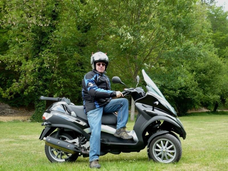 Nos motos et side-car adaptés 201110