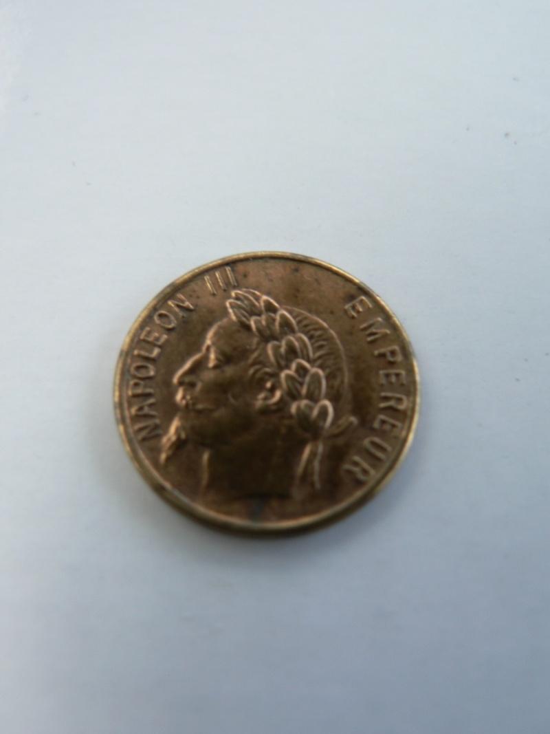 je remets pour id qualité photos napoleons 3 1,1g  13mm metal cuivre? P1110512