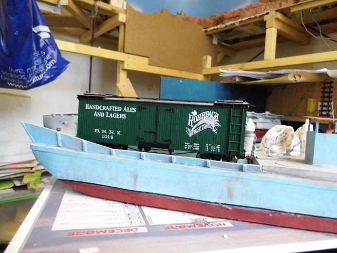 Après le train-auto, le train-bateau scratchbuilding 1/48 00211