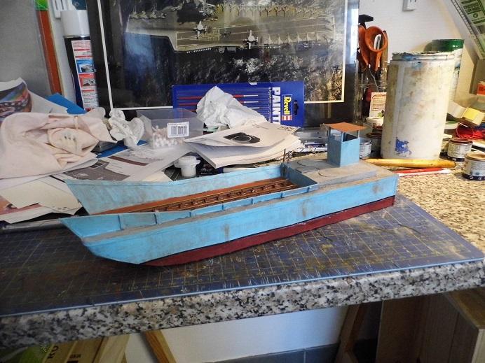 Après le train-auto, le train-bateau scratchbuilding 1/48 00511