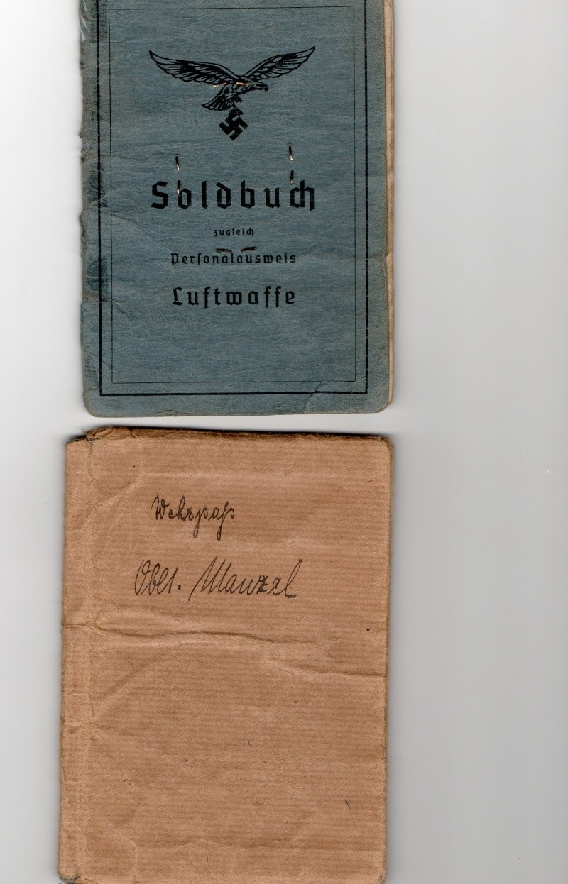 Vos livrets militaires allemands WWII (Soldbuch, Wehrpass..) / Heer-LW-KM-SS... - Page 2 Img00411