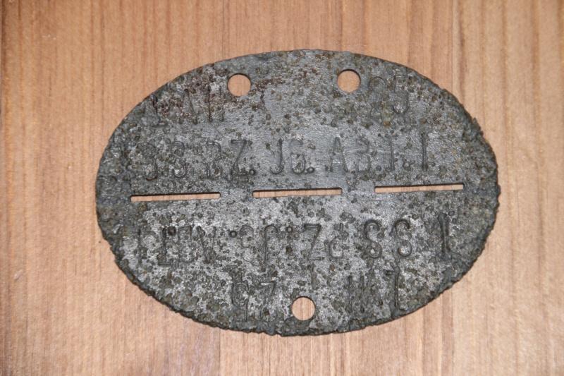 plaques matricules de la Waffen ss  Img_0026