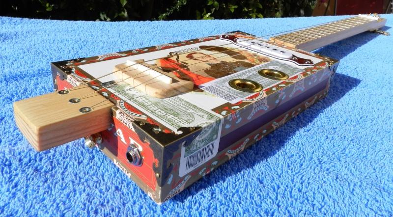 Présentez-nous vos Cigar Box Guitare Boliva12