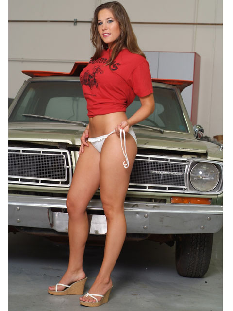More Mopar babes - Page 6 May53_10
