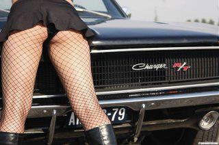 More Mopar babes (sexy) - Page 2 Pmay1_12