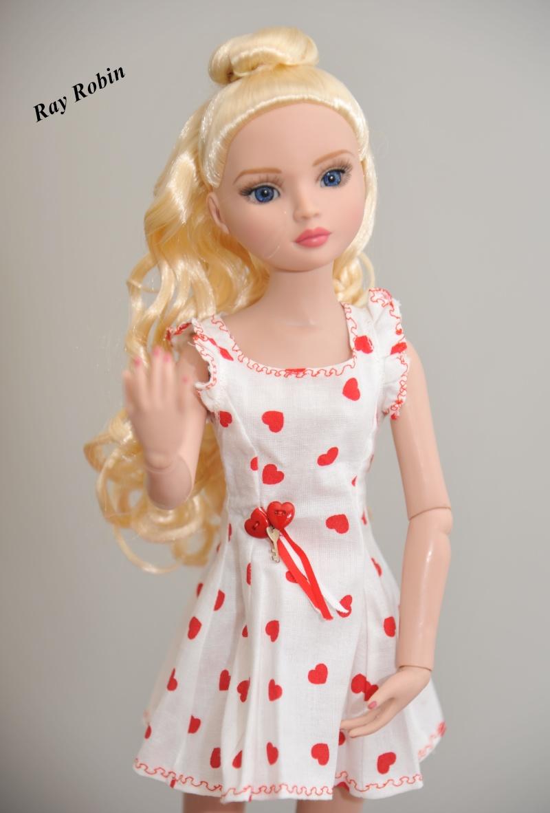Ellowine blonde aux yeux bleus Amelie10