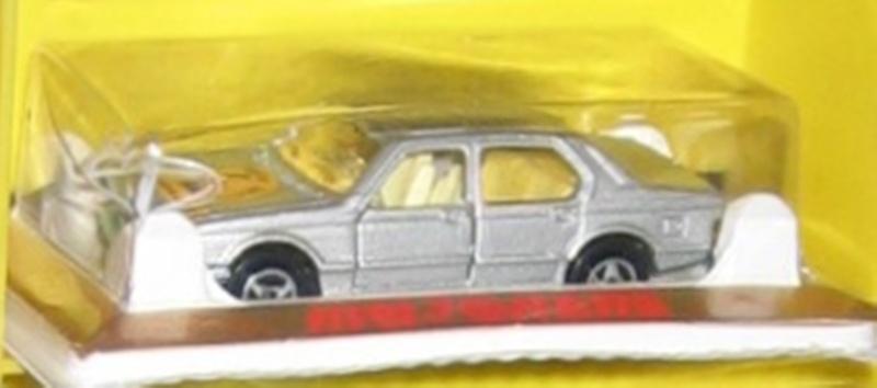 N°256 BMW 733  Img_0313